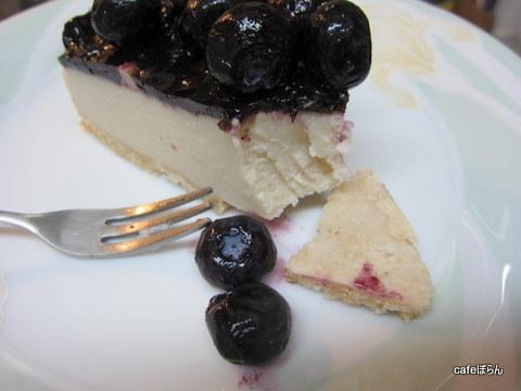 小麦・卵・乳成分不使用ブルーベリーチーズケーキ作り